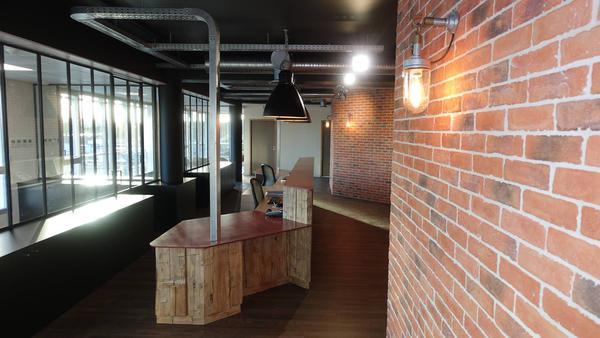 agencement d 39 int rieur pour professionnels morbihan finist re evolumab. Black Bedroom Furniture Sets. Home Design Ideas